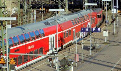אירופה בתחבורה ציבורית – הטיולים של ניני ואוריאל אטלס