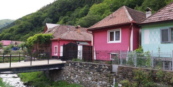 הכפר רשינר