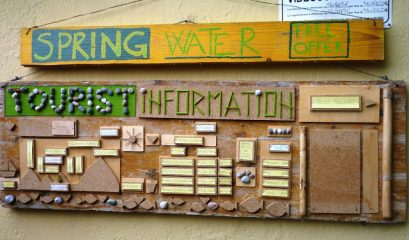 טוריסט אינפורמיישן – על השביל בצ'ינקווה טרה